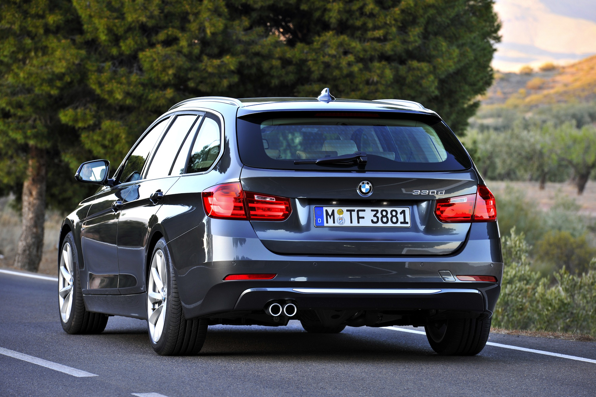 BMW 3 Series Touring Rear Published January 6 2015 At 2000 X 1333 In